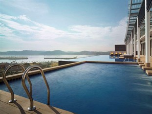 Hote jen puteri harbour ex traders johor located in johor bahru johor malaysia Public swimming pool in johor bahru